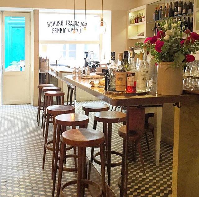 Brunc_Paris_La_Petite-table
